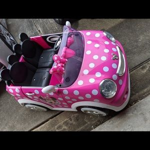 Mini mouse ride on car with 12v Battery